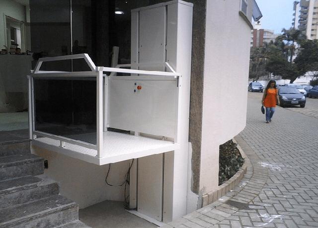 Conheça os elevadores de acessibilidade