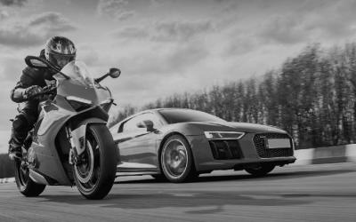 Qual é o melhor? Carro ou moto?